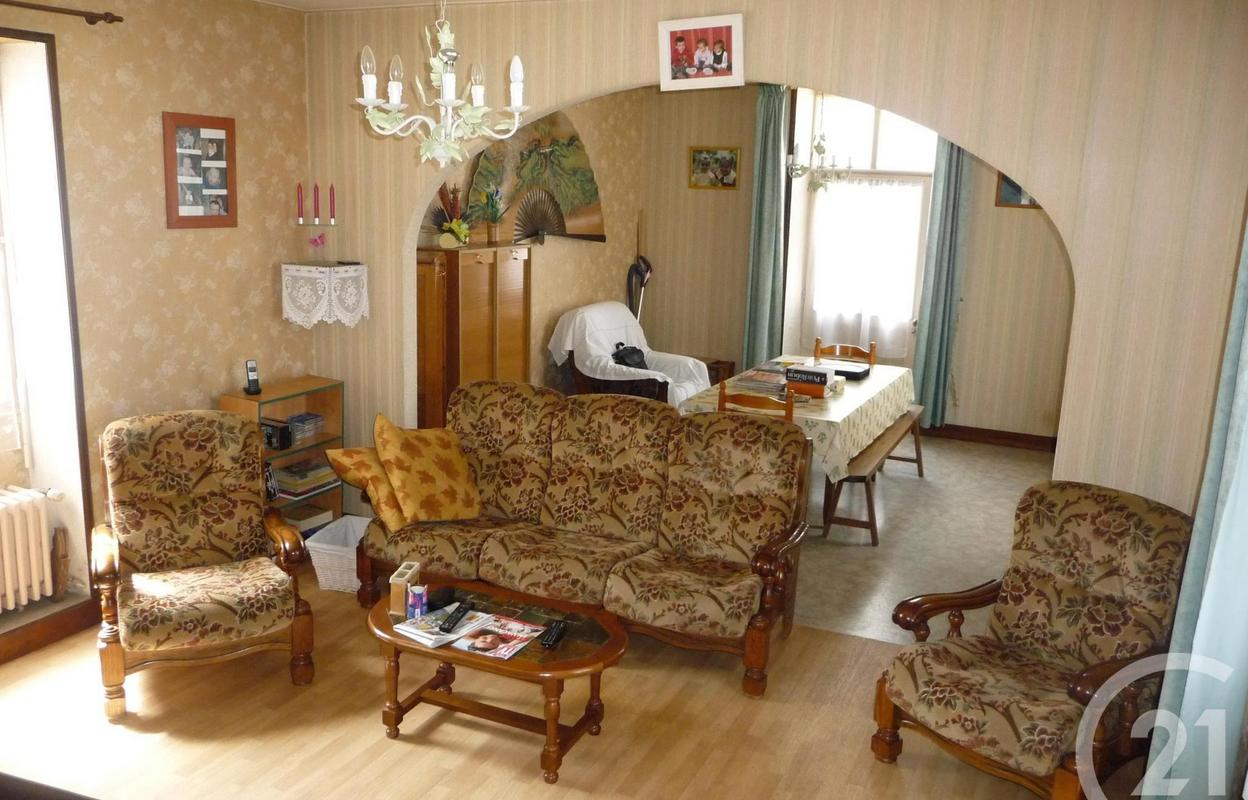 Maison 9 pièces 240 m²