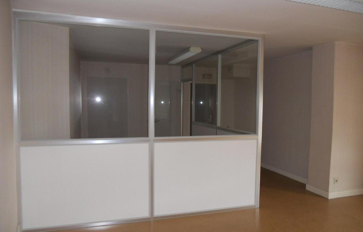 Commerce 4 pièces 107 m²