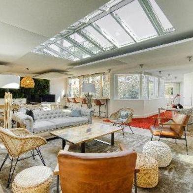 Bureau 1000 m²