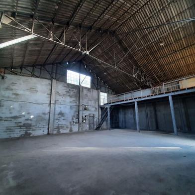 Commerce 220 m²