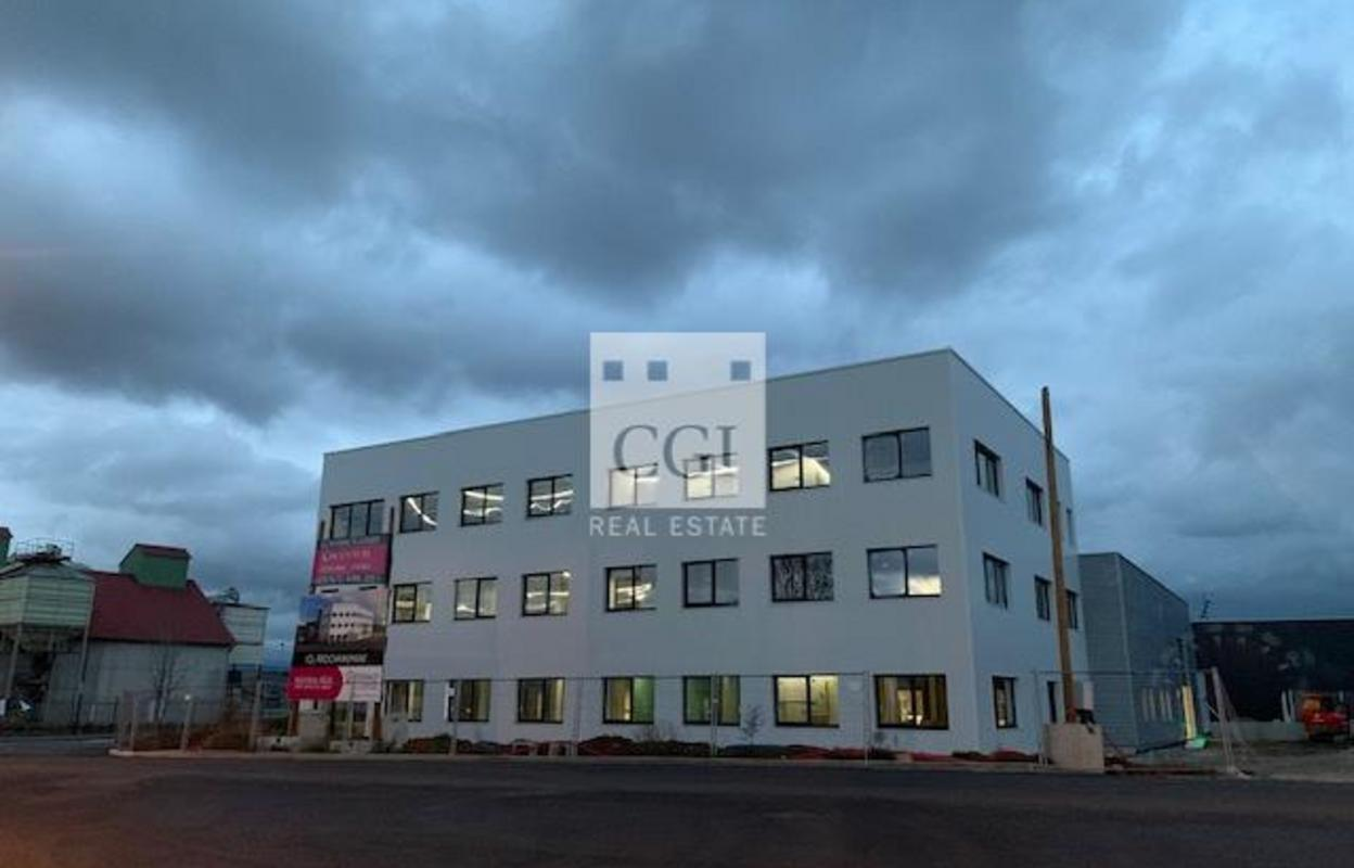 Bureau 440 m²