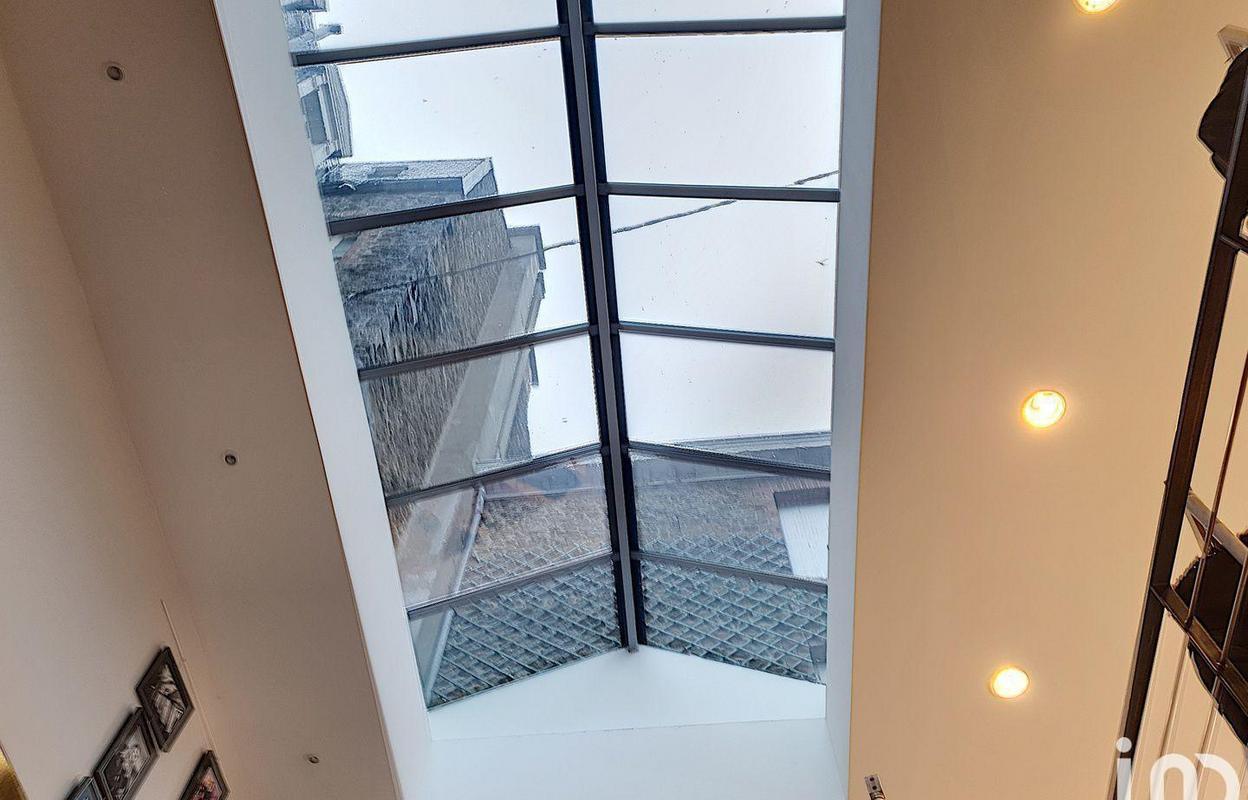 Commerce 216 m²