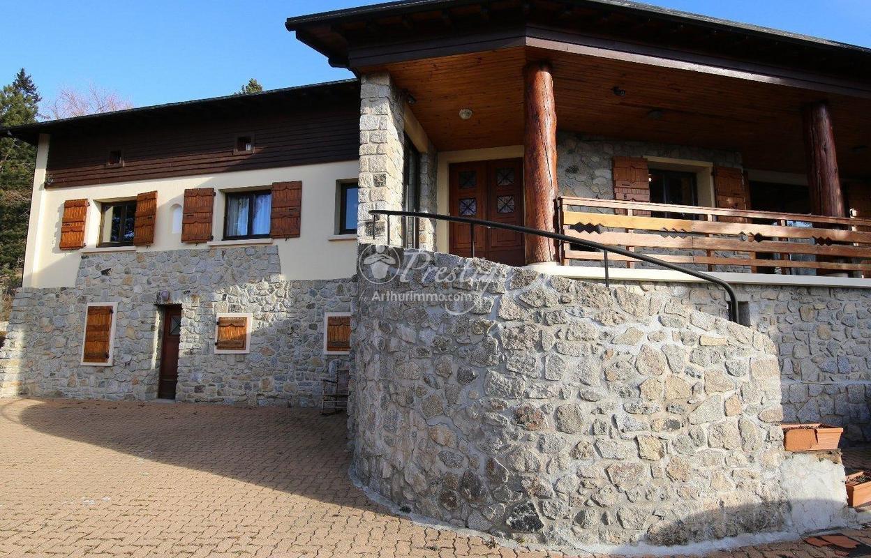 Maison 6 pièces 162 m²