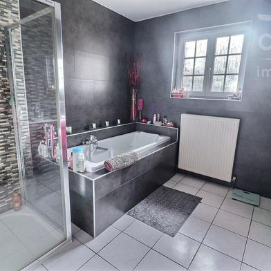 Maison 8 pièces 192 m²