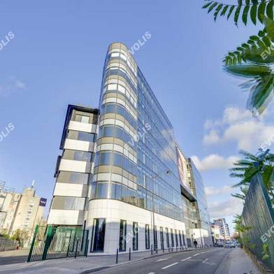 Bureau 836 m²