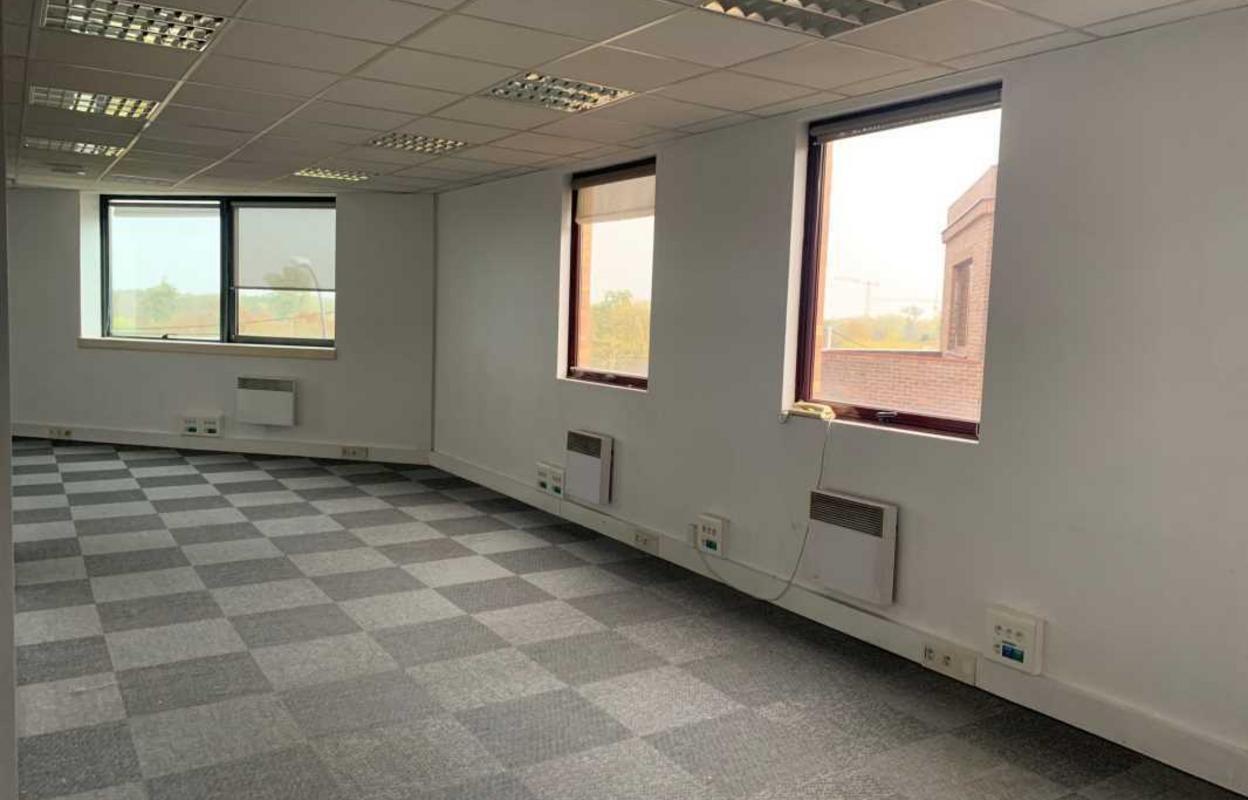 Bureau 512 m²