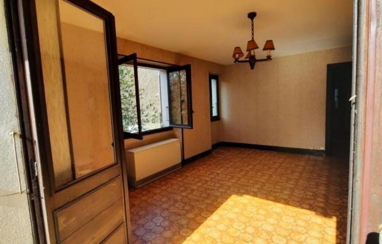 Maison 14 pièces 230 m²