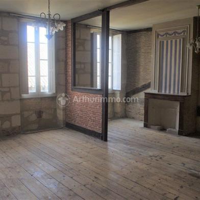 Maison 8 pièces 272 m²