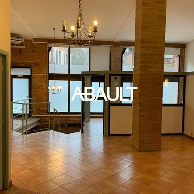 Bureau 120 m²