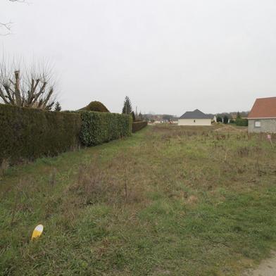 Terrain 887 m²