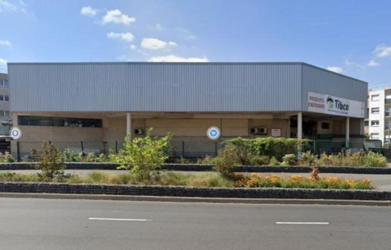 Commerce 3300 m²