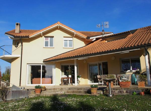 Sell House 1 185 000 €