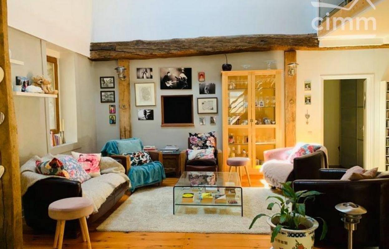 Maison 8 pièces 210 m²