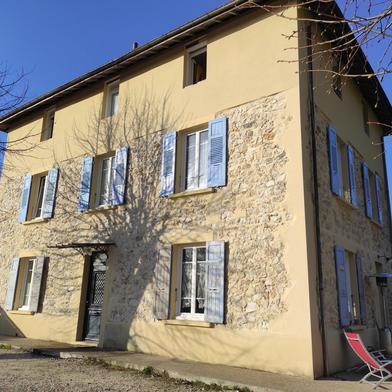 Maison 7 pièces 262 m²