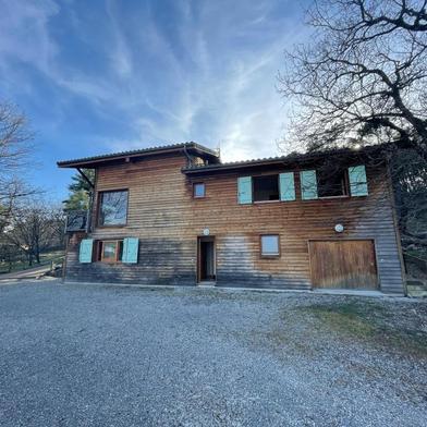 Maison 12 pièces 157 m²
