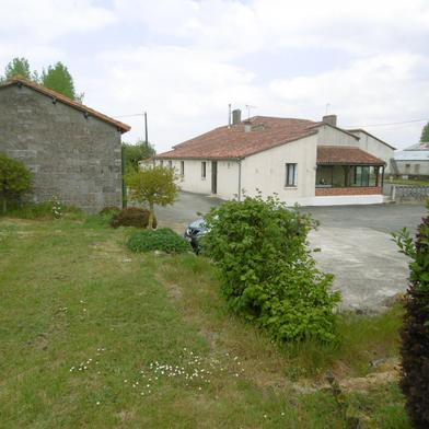Maison 6 pièces 2000 m²