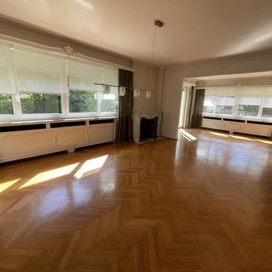 Appartement 8 pièces 202 m²