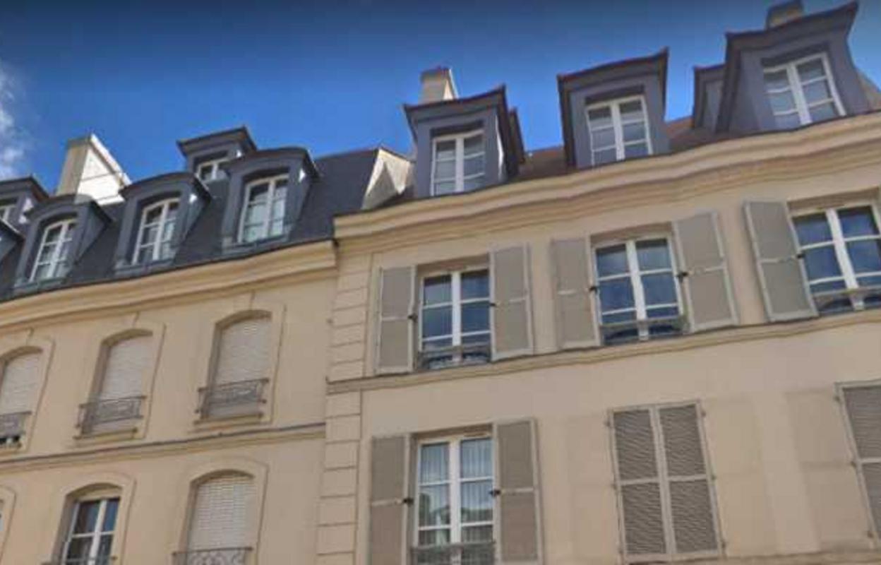 Bureau 291 m²