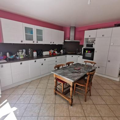 Maison 5 pièces 166 m²