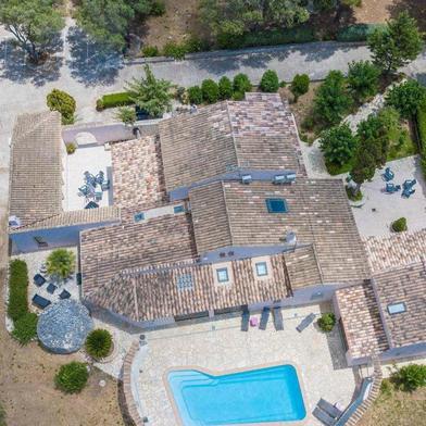 Maison 10 pièces 14500 m²