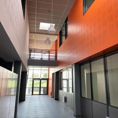 Bureau 1960 m²