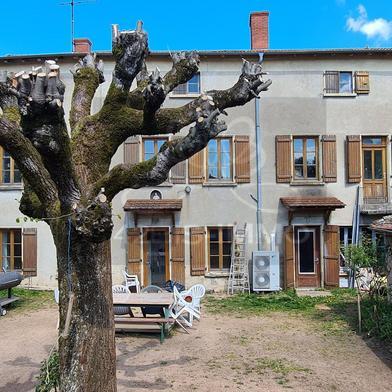Maison 12 pièces 200 m²