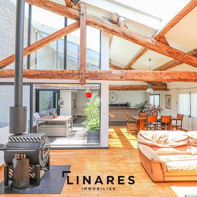 Maison 5 pièces 216 m²