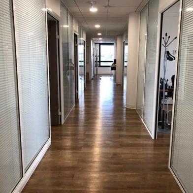 Bureau 419 m²