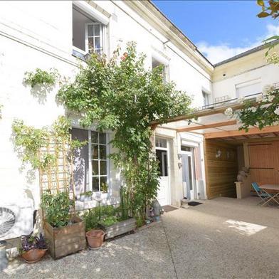 Maison 10 pièces 259 m²
