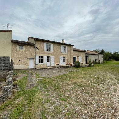 Maison 1 pièce 154 m²