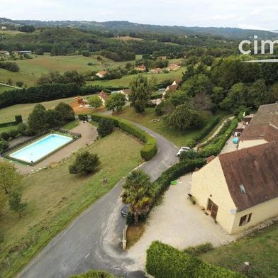 Maison 22 pièces 480 m²
