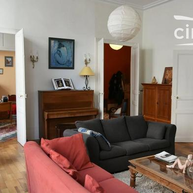 Appartement 12 pièces 315 m²