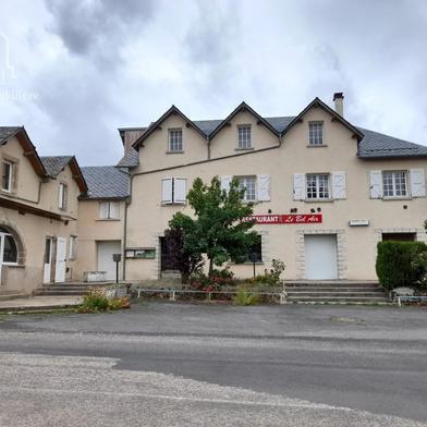 Maison 597 m²