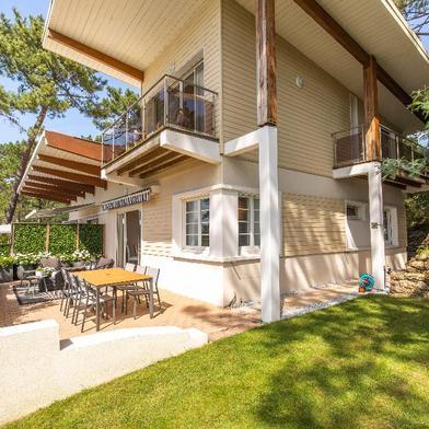 Maison 8 pièces 151 m²