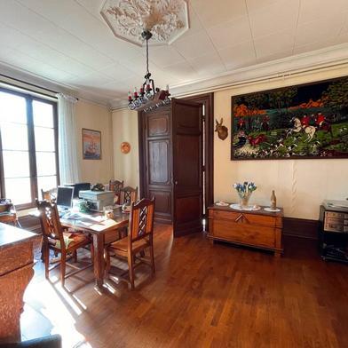 Maison 7 pièces 280 m²