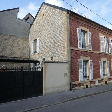 Maison 8 pièces 160 m²