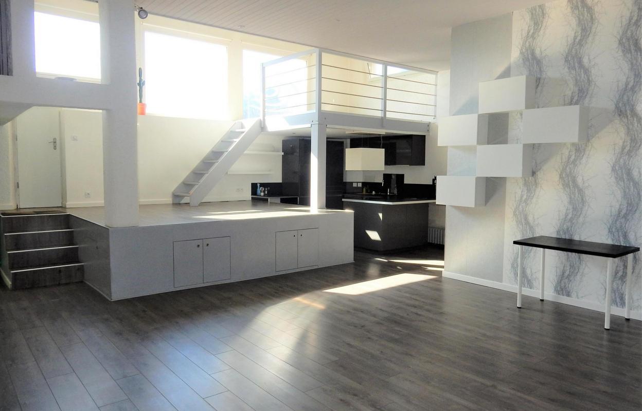 Appartement 1 pièce 79 m²
