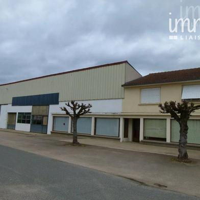 Commerce 890 m²