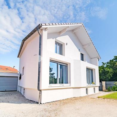 Maison 6 pièces 146 m²