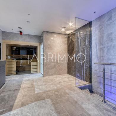 Immeuble 250 m²