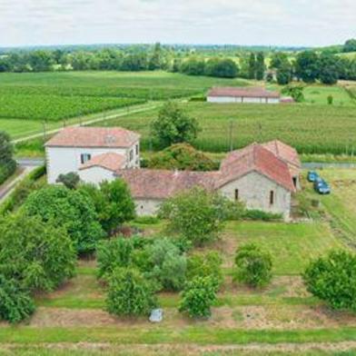 Maison 9 pièces 335 m²