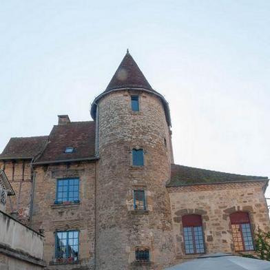 Maison 12 pièces 375 m²