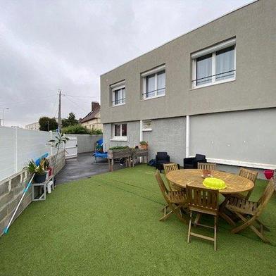 Immeuble 195 m²