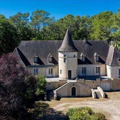 Maison 11 pièces 295 m²