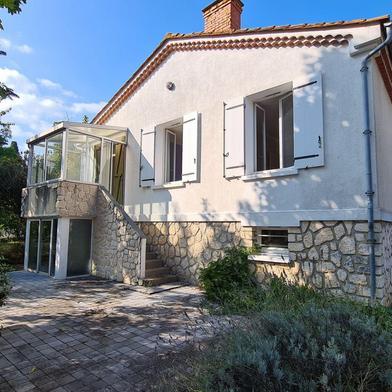 Maison 4 pièces 145 m²