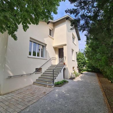 Maison 6 pièces 191 m²