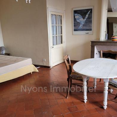 Maison 2 pièces 64 m²