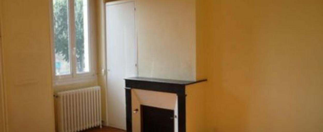 Location maison 6 pièces Bordeaux (33000) 1 530 € CC /mois