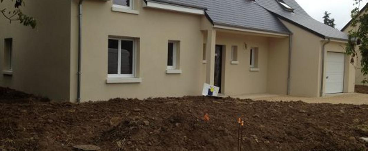 Location maison 4 pièces Esvres (37320) 1 200 € CC /mois